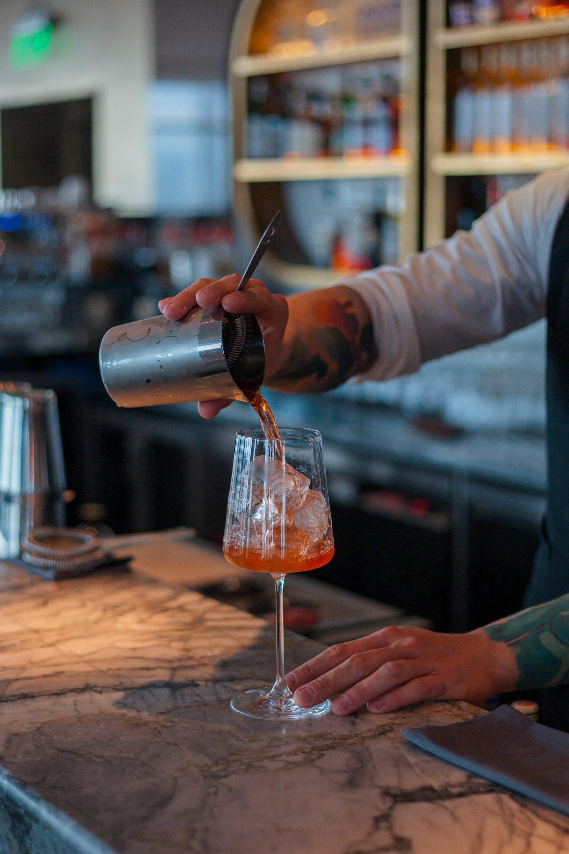 Dynamische barmedewerker – Het Scheldeoord (Hamme)