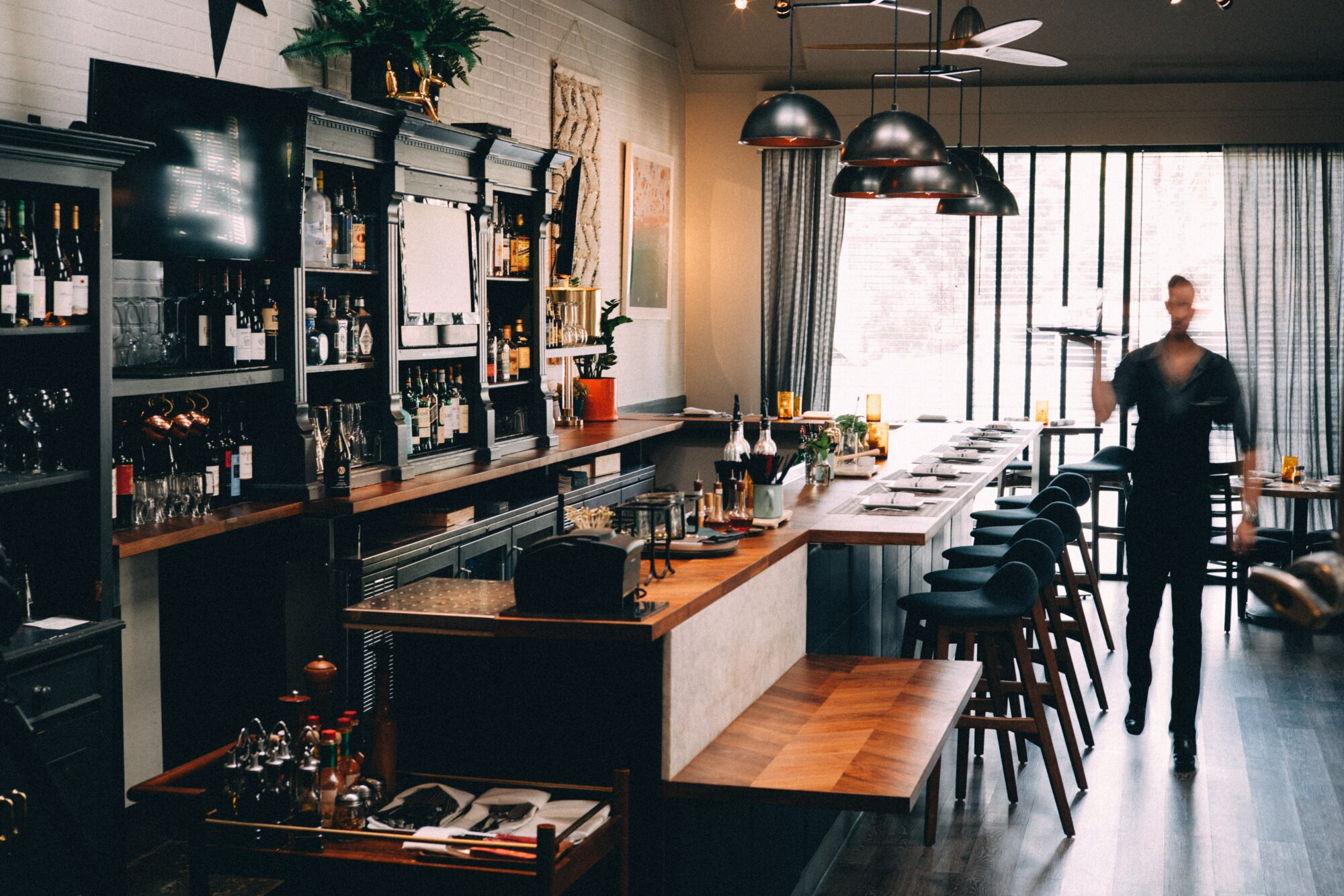Enthousiaste student/ flexi zaalmedewerker – Eet- en Biercafé Madeleine