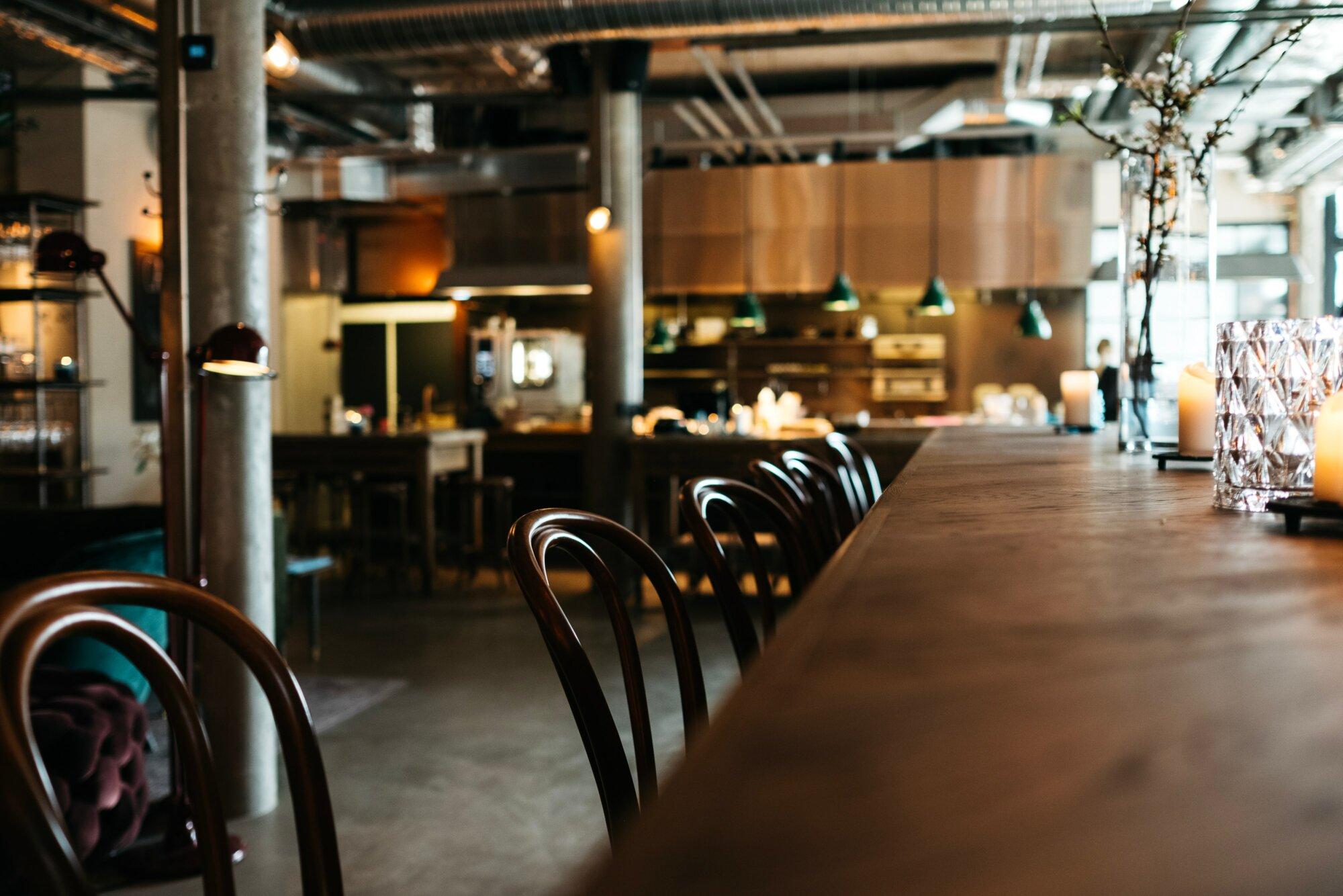 Student/flexi/vaste bar- en zaalmedewerker – Bistro Fines Claires (De Haan)